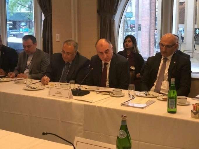 Mammadyarov lanzó llamamiento a los países de OCE referente a Karabaj