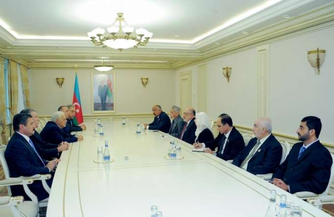 Azerbaijan, Oman discuss ways of developing relations