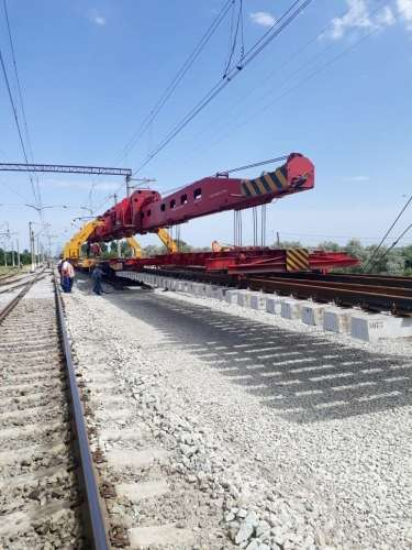 New switches being laid at Azerbaijan's Sangachal, Goran railway stations