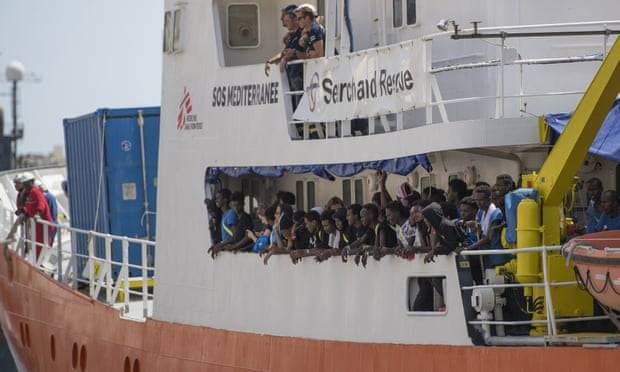 Absence of Mediterranean rescue boats prompts death toll warning