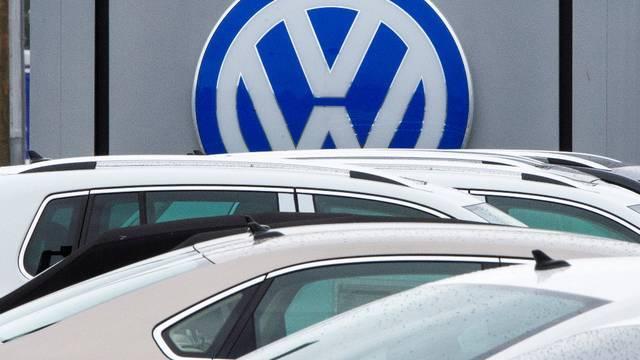 Tricherie antipollution: BMW, Volkswagen, Daimler visés par une enquête pour entente