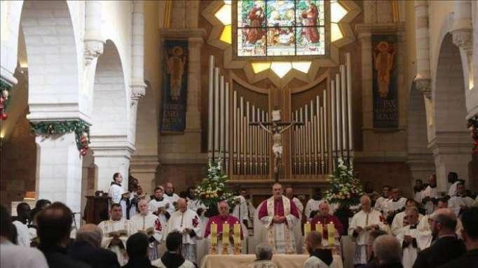 التحرش بالأطفال.. فضائح تطال رهبان الفاتيكان حول العالم (إطار)