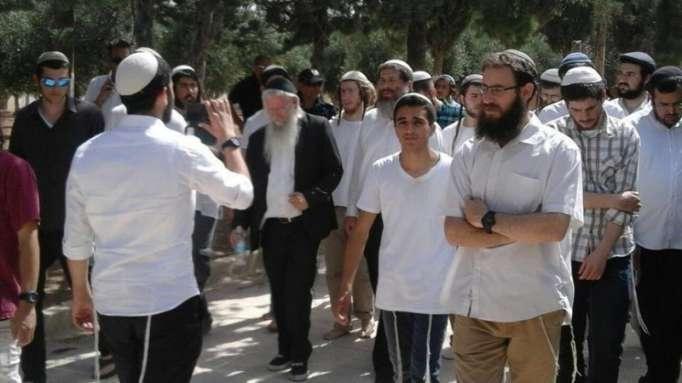 Jérusalem: La mosquée Al-Aqsa envahie par des dizaines de colons israéliens