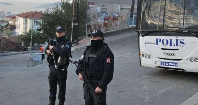 Turkey arrests Austrian journalist in jail on terror charges