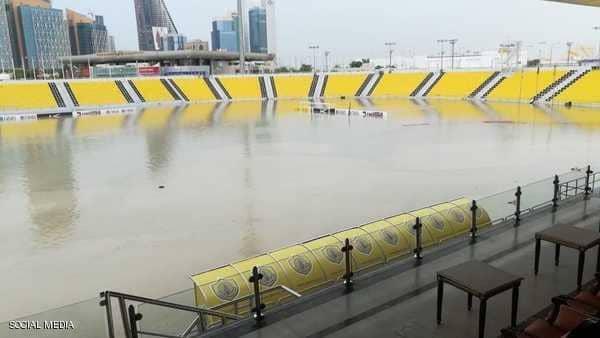 """قطر تغرق"""" يتصدر.. والمونديال على طريق """"الكابوس"""""""