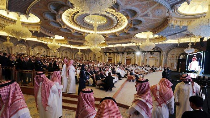 Saudi-Arabien wickelt Milliardengeschäfte ab