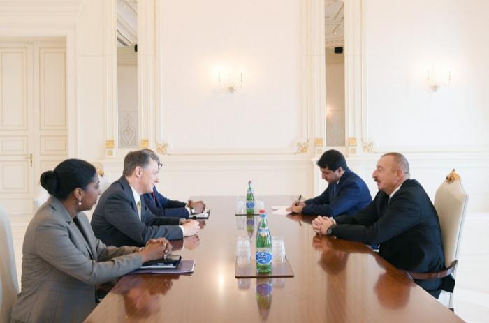 Azerbaijani President Ilham Aliyev receives US delegation - URGENT