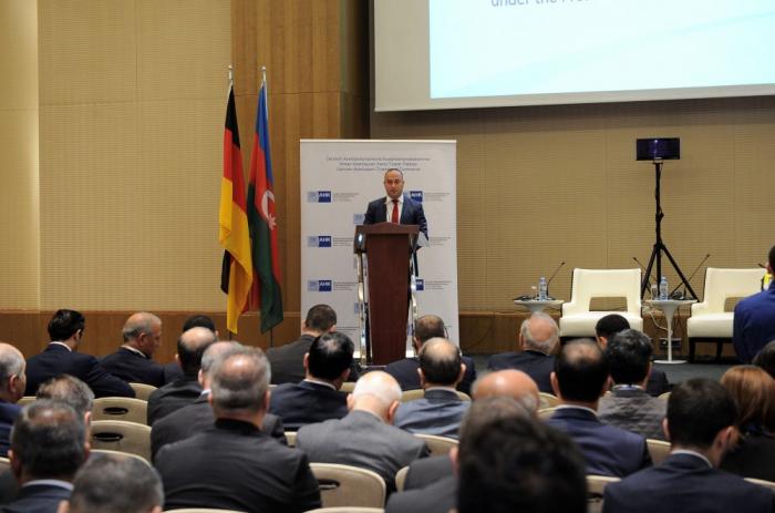 Deutsch-aserbaidschanisches Wirtschaftsforum in Baku