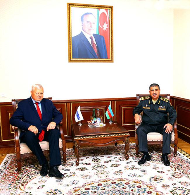 Defense Minister Zakir Hasanov meets with Andrzej Kasprzyk