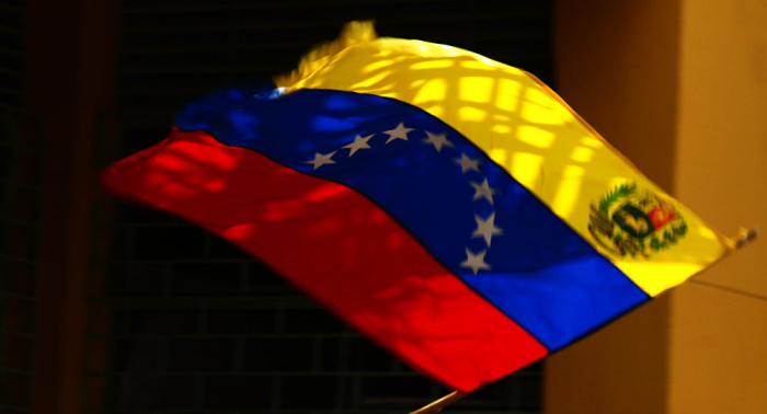 Gobierno de Venezuela libera a opositor Lorent Saleh y lo envía a España