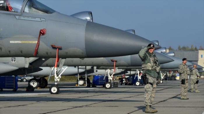 La OTAN realiza ejercicios aéreos en Ucrania