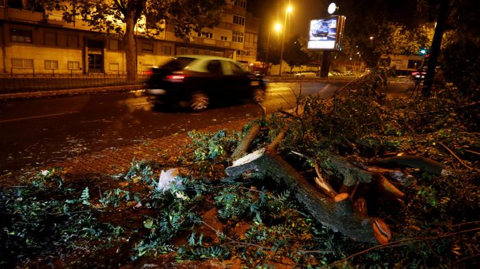 La tormenta Leslie deja al menos 6 muertos a su paso por Francia