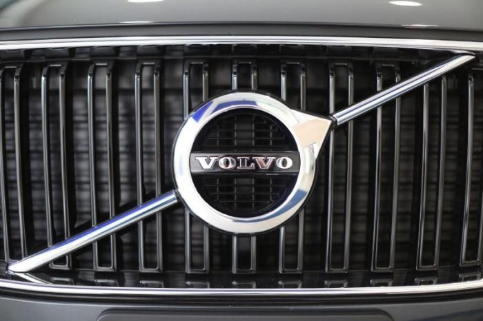 Lkw-Bauer Volvo räumt Abgas-Probleme ein
