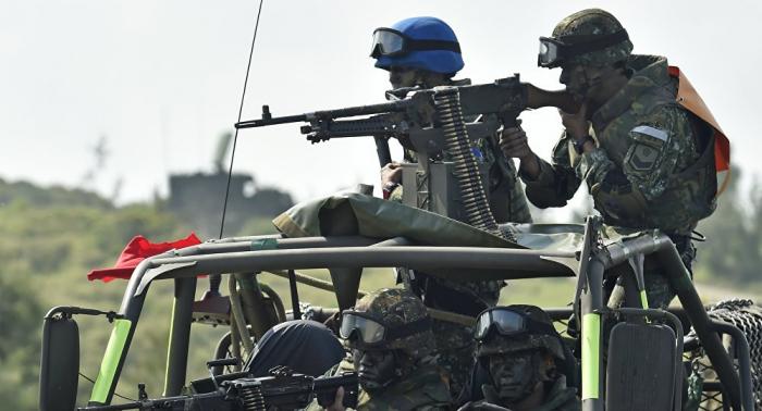 Militares de Taiwán se entrenan para repeler un ataque de China
