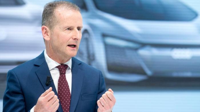 """VW-Chef Diess beklagt """"Feldzug"""" gegen das Auto"""