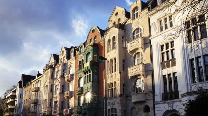 Anti-Geldwäsche-Einheit warnt vor kriminellen Machenschaften bei Immobilien