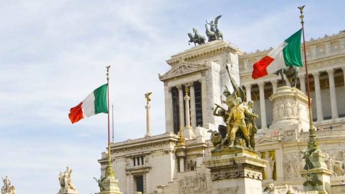 EU-Kommission droht Italiens Haushalt zurückzuweisen