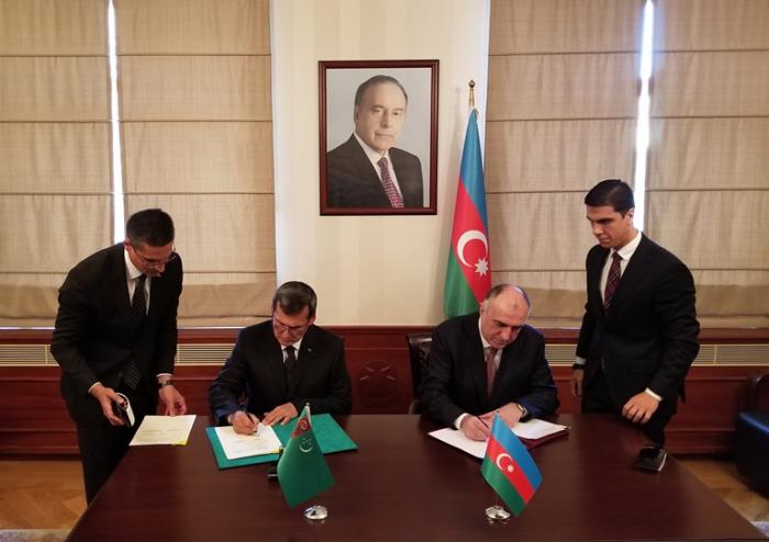 Mantenidas las consultas políticas entre los cancilleres de los dos países