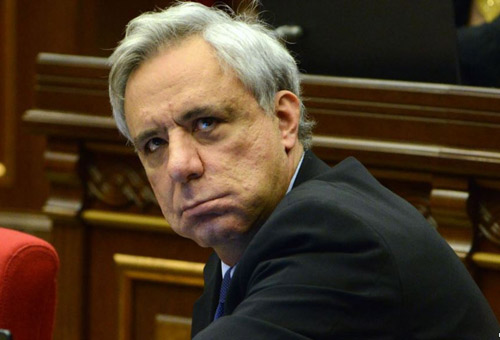 Armenia ex-FM is prohibited from leaving country – newspaper