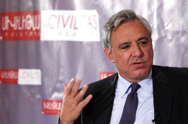 Ausreiseverbot für Armeniens ex-Außenminister