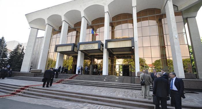 Parlamento moldavo no logra fijar en la Constitución el objetivo de integrarse en la UE