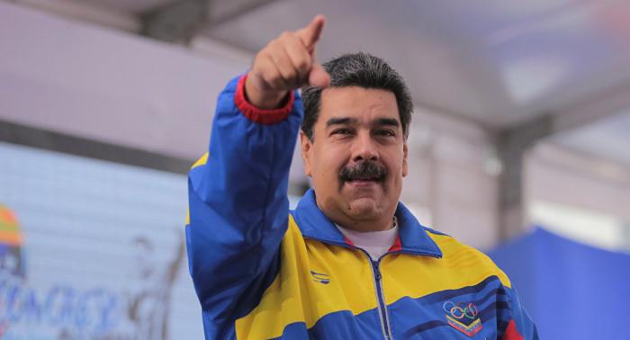 """Maduro insta a Mogherini a visitar Venezuela para que conozca una """"democracia profunda"""""""