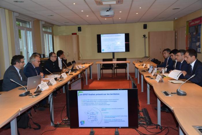 L'Azerbaïdjan et la France arrivent à un accord sur l'organisation des recherches scientifiques