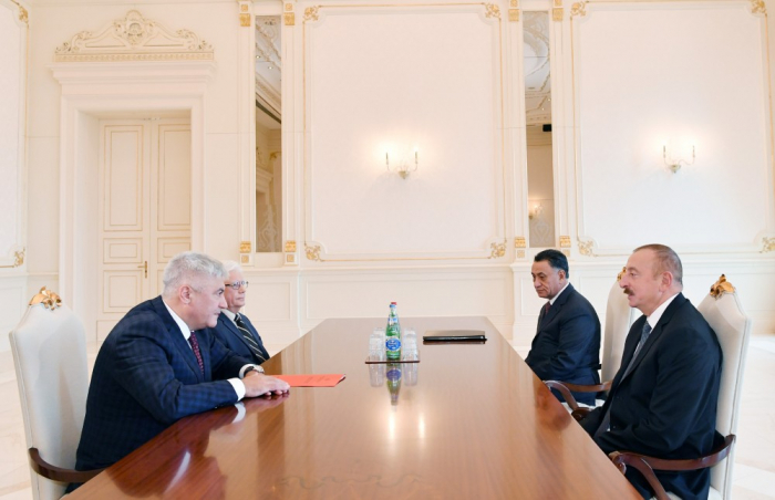 Ilham Aliyev recibe al ministro del Interior de Rusia