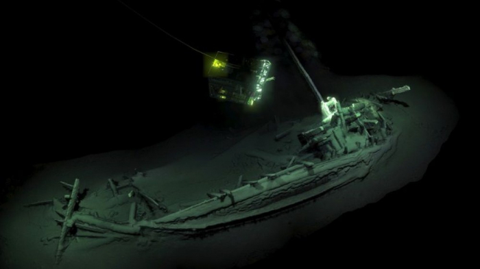 2400 il yaşı olan gəmi tapılıb