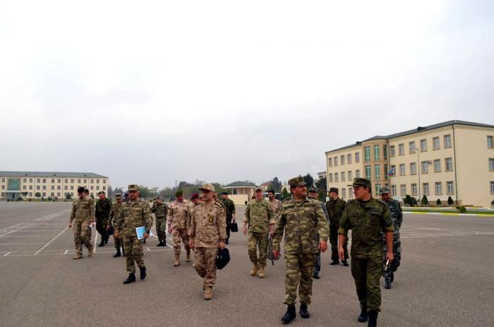 Attaşelər hərbi hissəni ziyarət ediblər - FOTO