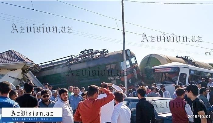 Binədəki qəzada yaralanan 6 nəfərin vəziyyəti ağırdır