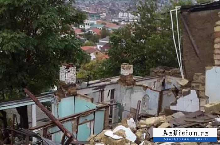 Bayılda yaşayış evi uçub - FOTO
