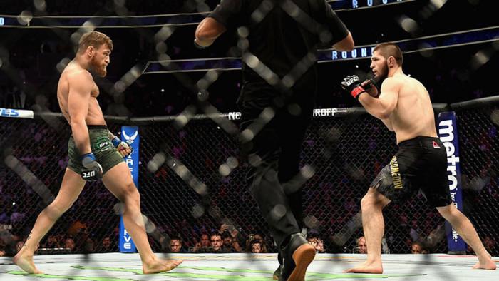 Un video muestra cómo McGregor golpea al mánager de Nurmagomédov