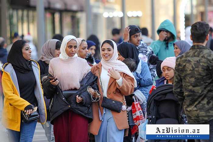 2.2 مليون أجنبي من 193 دولة يزورون إلى أذربيجان هذا العام