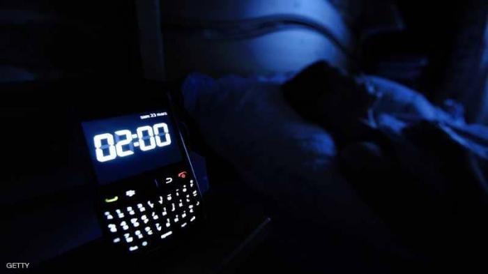 """تنظيم النوم.. كيف تتحول من """"بومة ليلية"""" إلى """"طائر نهاري"""""""
