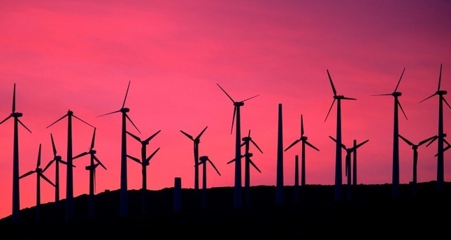 Wind power affects climate change, solar safest bet, study says