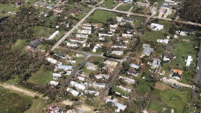 """الولايات المتحدة.. ارتفاع ضحايا إعصار """"مايكل"""" لـ35 قتيلًا"""