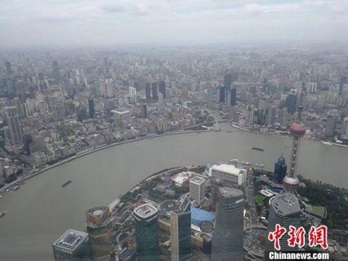Shanghai : 97% des employés de bureau ont des problèmes de santé