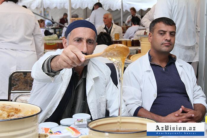 Həm təmiz, həm də ucuz - Bal yarmarkasından REPORTAJ