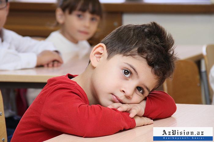 5 yaşlı məktəblilər - REPORTAJ (FOTOLAR)
