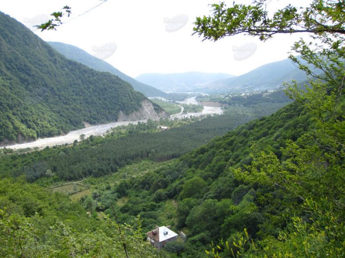 Nature reserves should down dependence on Azerbaijan