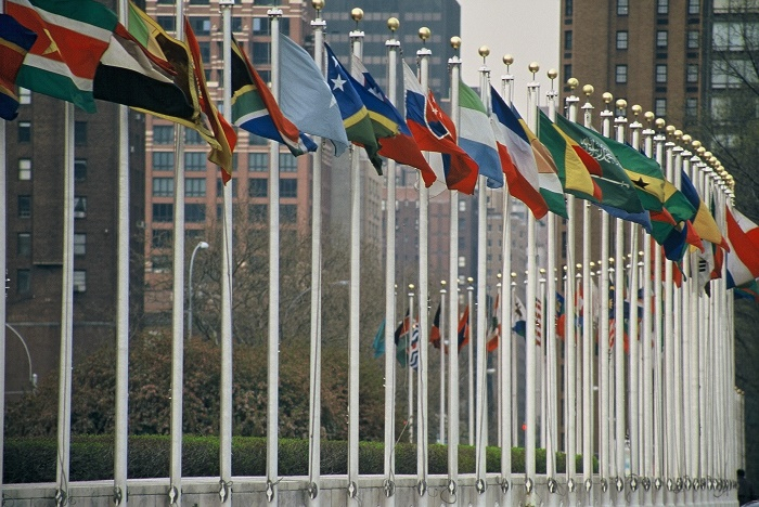 UN envoy calls on Israel to cease settlement activities