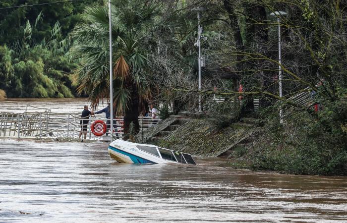 Des pluies violentes font septmorts en France - Miseà jour