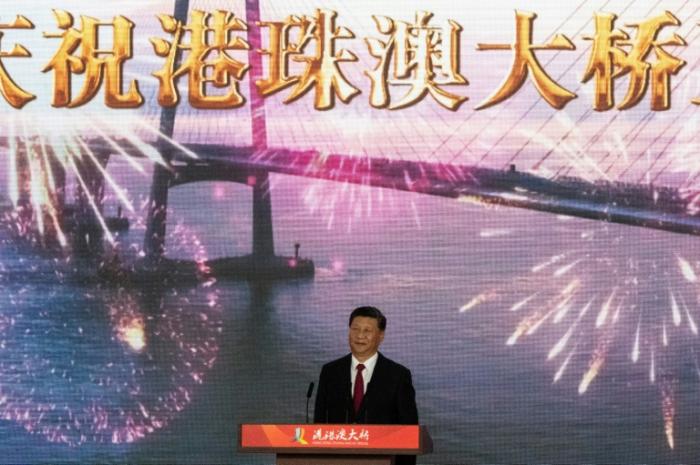 Xi Jinping inaugura un enorme puente entre Hong Kong, Macao y la China continental