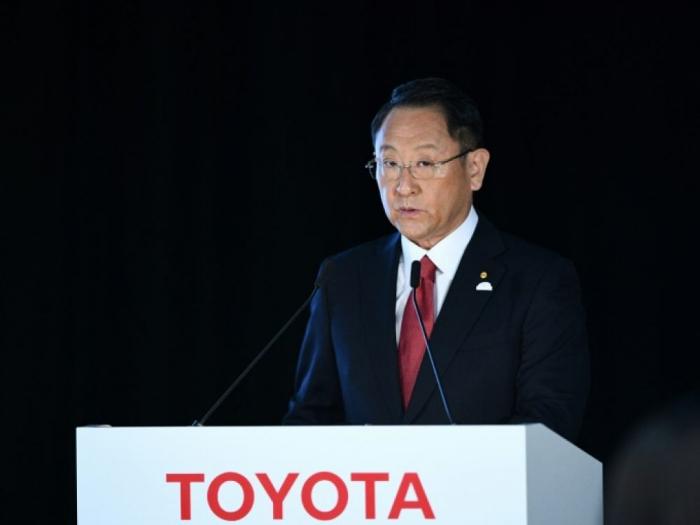"""Le patron de Toyota appelle à """"éviter à tout prix"""" un Brexit sans accord"""