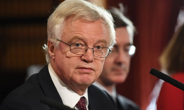 David Davis calls on ministers to rebel against Brexit deal