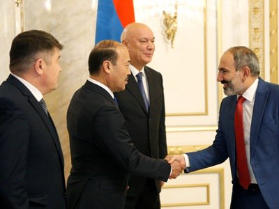 Armenia acting PM receives heads of CIS corrections services