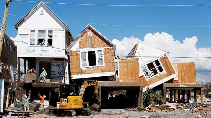 Florida: Saqueadores armados se aprovechan de la devastación dejada por el huracán Michael (VIDEOS)