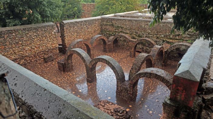 España: Inundaciones destruyen una muralla de la época musulmana que sobrevivió a ocho siglos