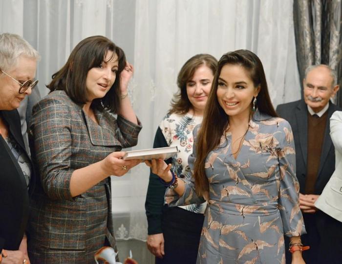 """Leyla Əliyeva """"Bir ömrün iziylə"""" kitabının təqdimatında"""